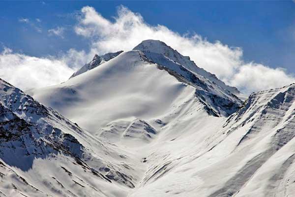 leh-ladakh-tour-and-stok-khangri-climbing